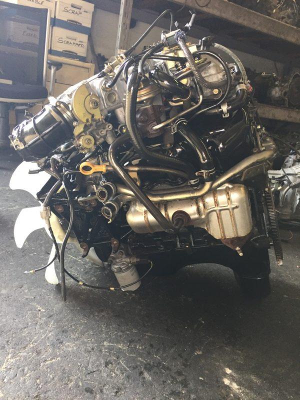 JDM Nissan Frontier VG33 RWD engine